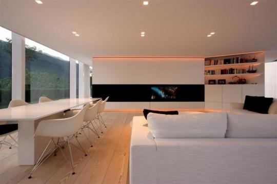 Maison contemporaine en verre pr s du lac de lugano - Idee amenagement petit salon salle a manger ...