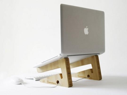 interieur maison moderne support pour ordinateur portable en bambou green tuna design. Black Bedroom Furniture Sets. Home Design Ideas
