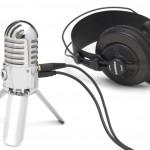 Micro Meteor branché sur un casque audio