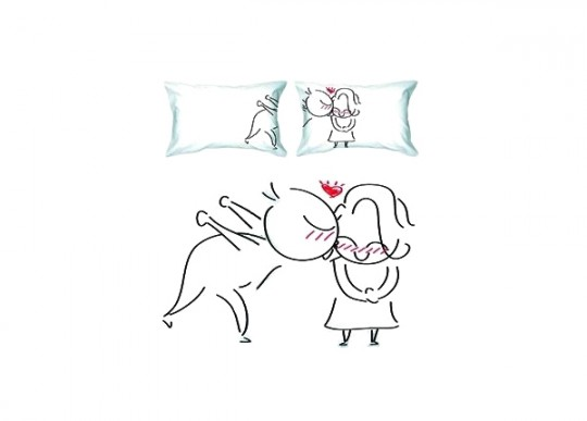 Coussin Big Kiss : 2 coussins pour les amoureux
