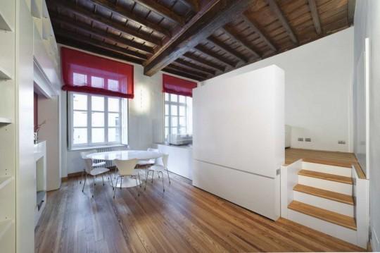 Petit appartement avec un lit tiroir fermé