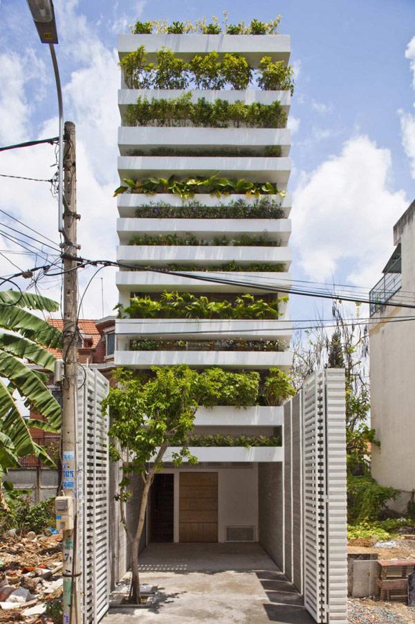 Visitez Stacking Green, une maison verte de 20 mètres de haut !
