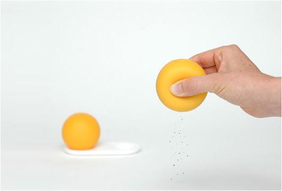 Balle anti-stress salière