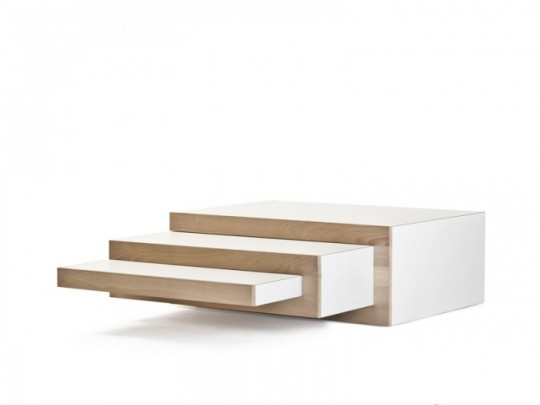 Table basse avec plateaux gigognes REK
