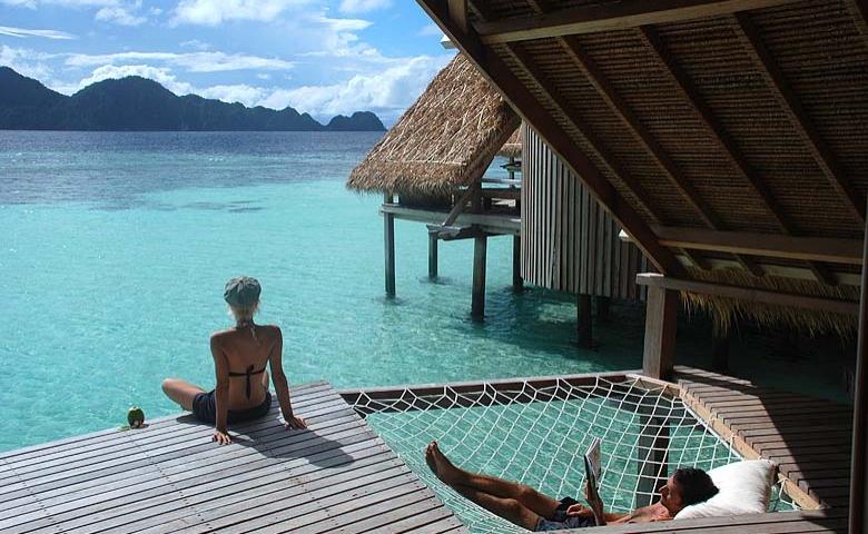 Misool eco resort, ça vous dirait de faire un break sur une île privée indonésienne ?