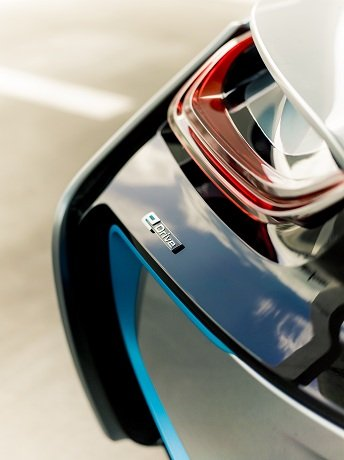 BMW i8 spyder, feux arrières à LED