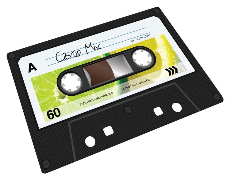 Planche à découper Cassette audio par Joseph Joseph