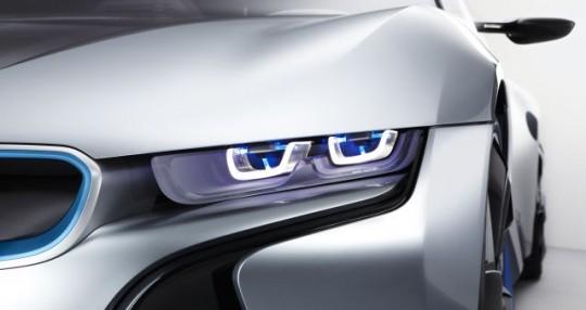 BMW i8 : feux à technologie laser