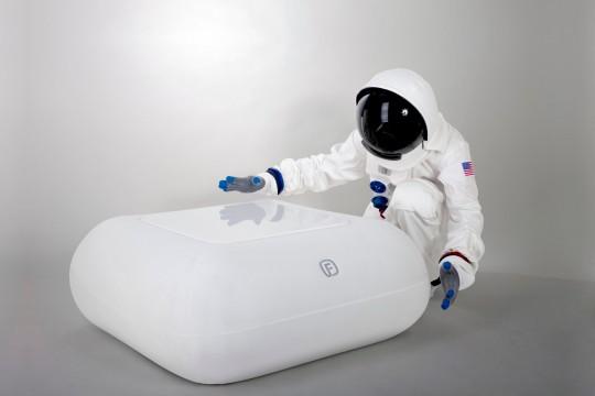FUGU : Coussin gonflable adopté par un cosmonaute