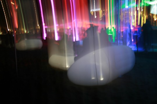 Mobilier gonflable FUGU dans un night-club