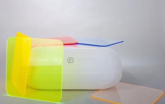 Table basse gonflable MAKI par FUGU