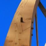 Détail d'une poutre de la maison en bois Shield House