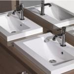 Double vasque dans la salle de bain de l'appartement témoin Canal Square