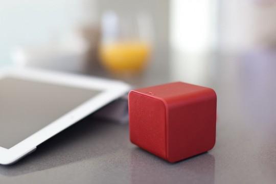 NuForce Cube, haut-parleur mobile