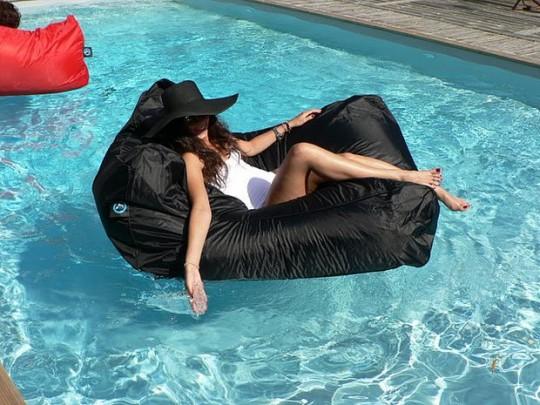 Pouf de piscine noir