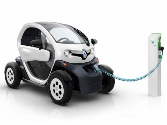 Renault-Twizy-borne-rechargement-electrique