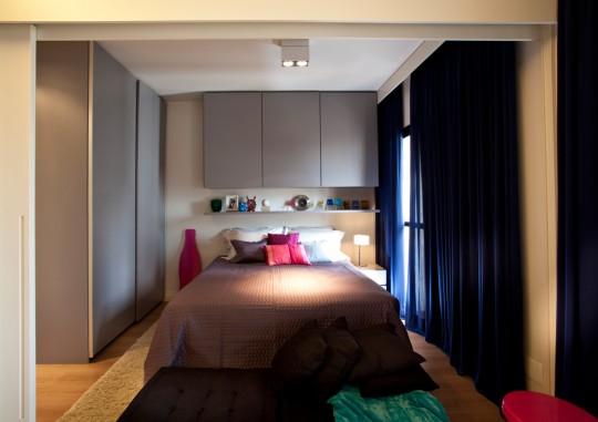 Petit appartement optimisé par un architecte d'intérieur, la chambre