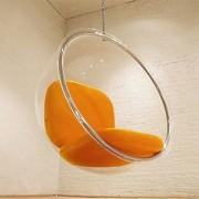fauteuil boule suspendu en plexiglas Ozone