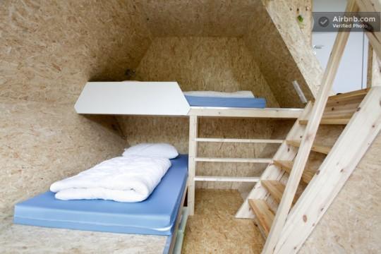 Chambre d'une cabane octogonale