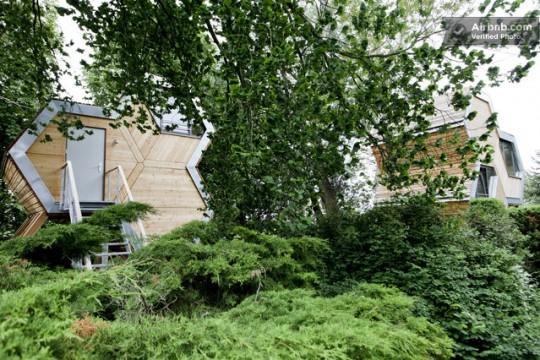 louer une cabane dans les arbres sur airbnb. Black Bedroom Furniture Sets. Home Design Ideas