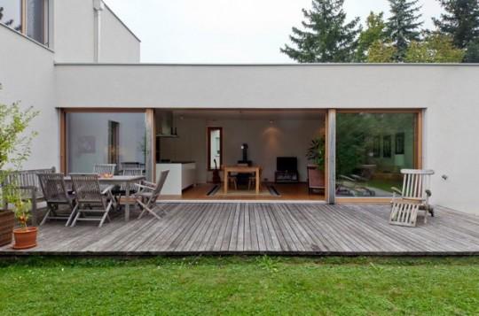 Maison contemporaine avec immenses baies vitrées