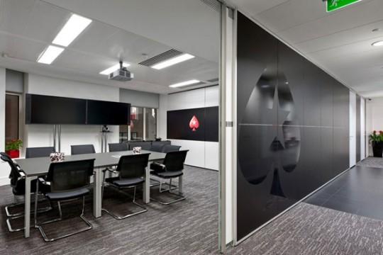 Les nouveaux bureaux de pokerStars relookés par Area Sq
