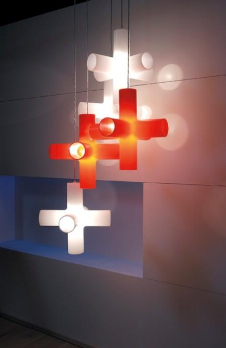Crosslight, luminaire cruciforme design