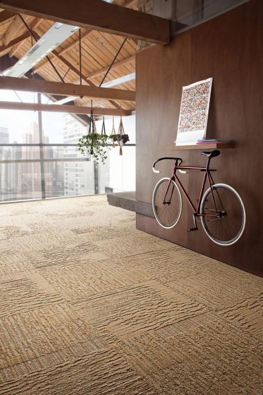 Idée déco : Accrochez votre vélo au mur comme un objet déco