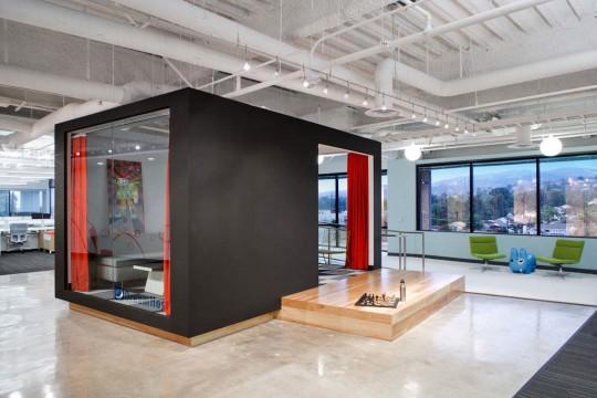 Dans les bureaux de Dreamhost, web hosting company