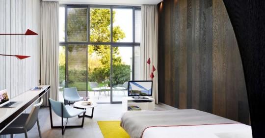 Hotel Sezz à St-Tropez par Christophe Pillet