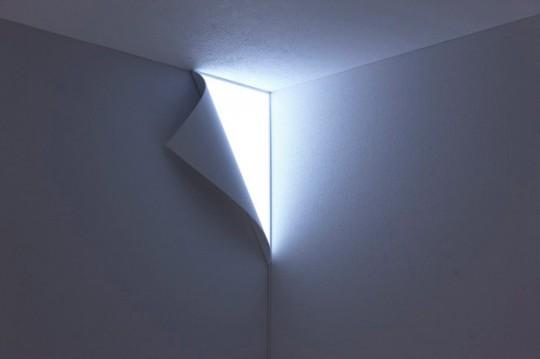 Lampe murale trompe l'oeil coin de mur lumineux