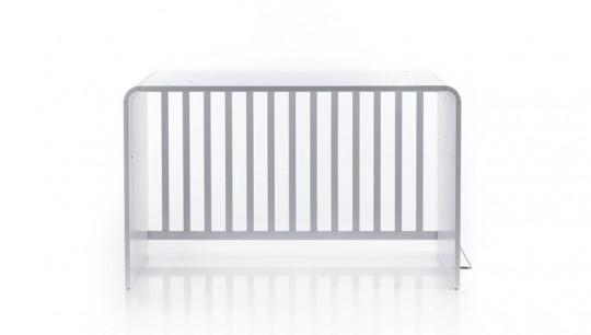 Lit à barreaux pour bébé transformé en bureau deisgn BE Cot