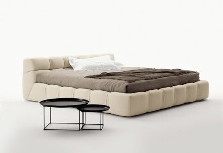 Lit capitonné design, Tufty bed