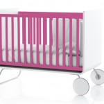 Lit à barreaux évolutif pour bébé rose et blanc Be Cot