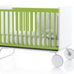 Lit évolutif pour bébé vert et blanc Be Cot