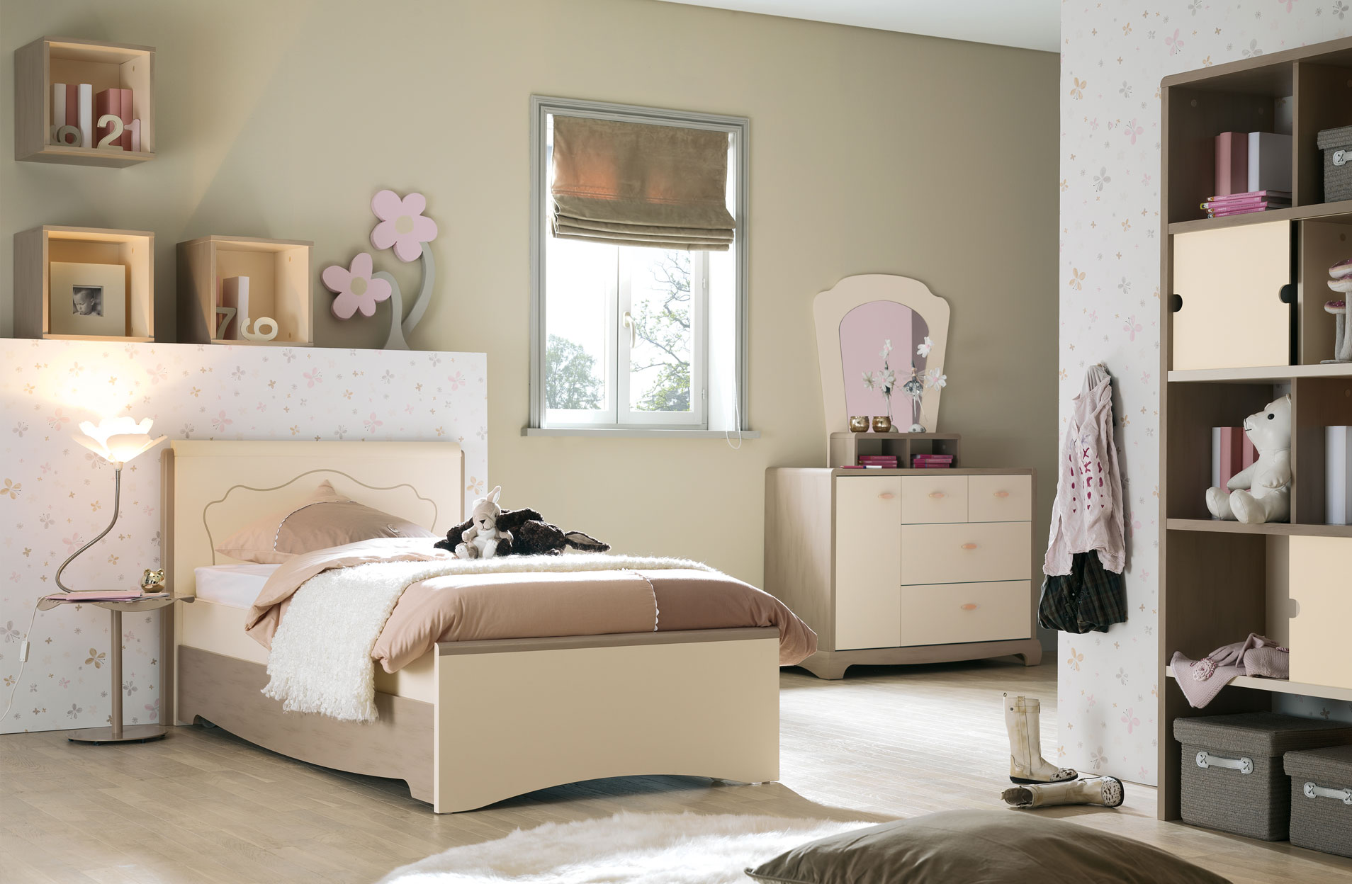 chambre a coucher gautier awesome meubles gautier collection cap horn with chambre a coucher. Black Bedroom Furniture Sets. Home Design Ideas