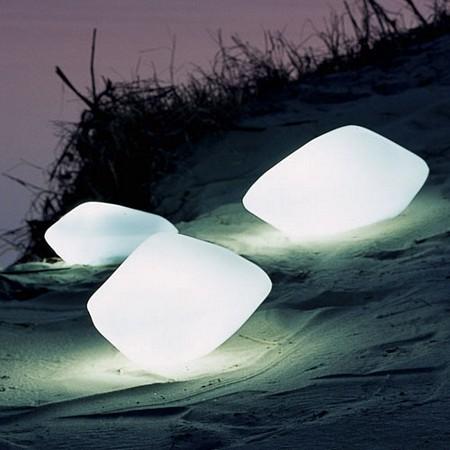 Pierres lumineuses, lampes d'extérieur