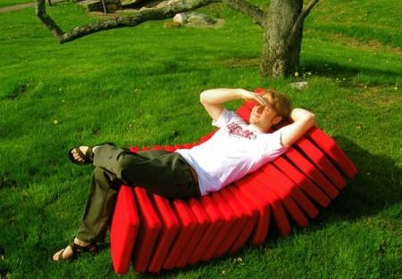 Chaise longue Segmented chair, Revol design