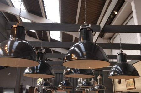 Suspension industrielle esprit loft