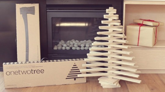 Sapin de Noël en bois pliable One Two Tree