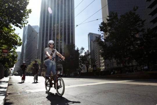 Vélo pliant design Btwin Tilt