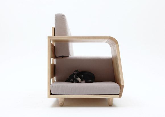 the dog house sofa le canap avec niche pour chien int gr e. Black Bedroom Furniture Sets. Home Design Ideas