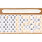 Lexon Titanium : Radio-réveil en bambou design