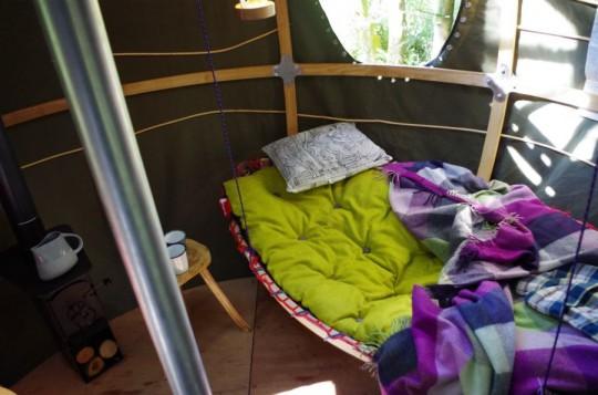 Hamac à l'intérieur de la tente Tree Tent