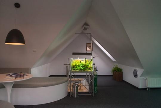 Un appartement contemporain sous les toits