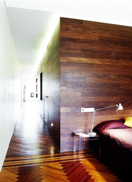 Murs avec des parements en bois