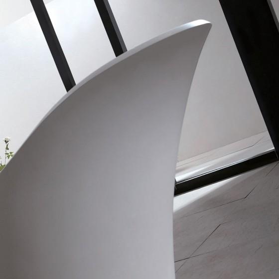 baignoire ilot borsa en solid surface. Black Bedroom Furniture Sets. Home Design Ideas