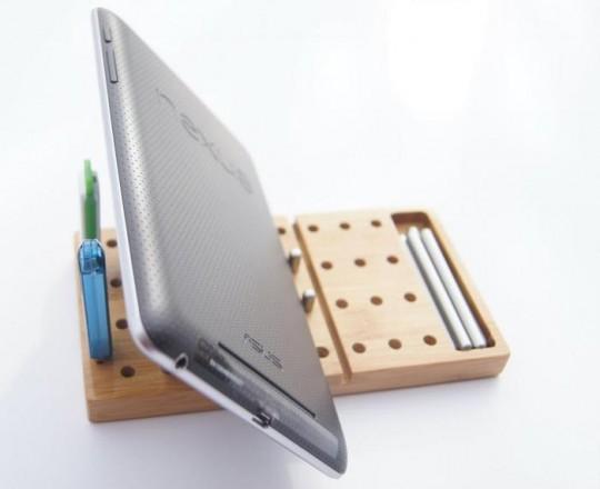 Modo : Organiseur de buteau en bois pour iPad