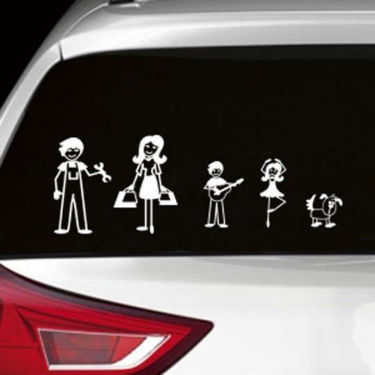 Des stickers à l'image de votre famille sur votre voiture (Zousticks)