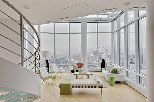 Séjour avec vue sur Manhattan dans un Penthouse New-Yorkais
